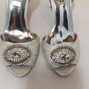 Badgley Mischka White satin heels Pumps bridal